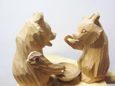 木彫りのくまのおもちゃ2